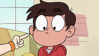 S4E27 Star pointing at Marco's zit