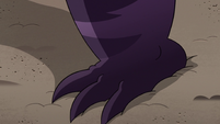 S3E38 Meteora Butterfly's feet grow in size