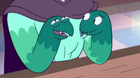 S3E2 Rhombulus' right snake hand laughing