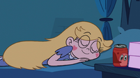 S2E14 Star Butterfly sleeping in bed