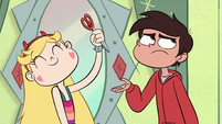 S1E12 Star hands Marco dimensional scissors