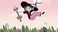 S4E23 Eclipsa Butterfly picks up bone guitar