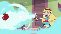 S2E30 Star Butterfly casts Winter Storm Hyper Blow