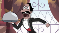 S3E13 Waiter yelling at Marco and Jackie