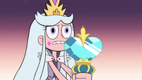 S3E2 Queen Moon looking nervous
