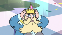S3E4 King River putting his crown back on