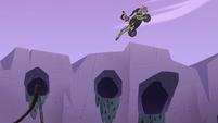 S4E22 Marco jumping high over the gorge