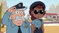 S4E29 Police officers appear at Diazes' house