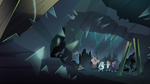 S1E12 Prisoners in the shard mine