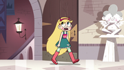 S3E14 Star Butterfly entering the castle gardens
