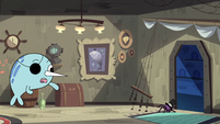 S2E22 Spider With a Top Hat runs out of Narwhal's room