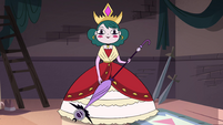 S4E24 Eclipsa in her coronation gown