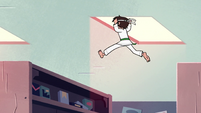 S2E4 Marco jumps from shelf to shelf