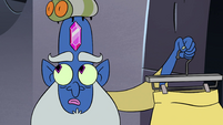S4E10 Glossaryck with a silk bug on his head