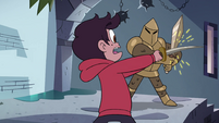 S4E1 Marco sword fighting a guard