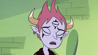 S4E13 Tom Lucitor sighing heavily