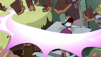 S4E32 Eclipsa blows away the cart of hay