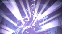 S3E24 Monster temple bursting with light