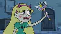 S2E28 Star Butterfly examining her wand