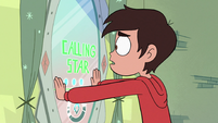 S3E23 Marco trying to call Star on the mirror