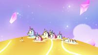 S3E23 Little unicorns surfing on gold water
