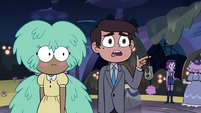 S3E34 Marco holding his keys