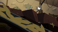 S2E20 Rats carrying Buff Frog through the mine