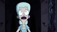 S4E15 Moon Butterfly frightened of the ghost