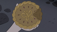 S4E1 Pie with butterfly-shaped topping