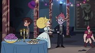 S3E24 Star Butterfly asking Tom for help