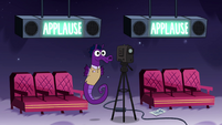 S4E9 Seahorse operates camera and audience track