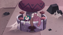 S3E24 Dolls of Eclipsa and monster husband