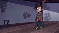 S4E18 Marco Diaz wearing his knight's cape