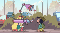 S2E16 Star holding a bazooka and missile launcher