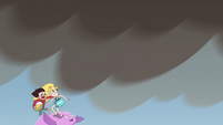 S4E27 Cloudy carries Star and Marco into clouds