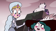 S3E36 Eclipsa telling Queen Moon to wait