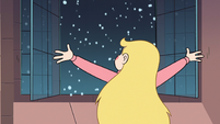 S3E25 Star Butterfly opening the ballroom windows