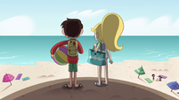 S4E27 Star and Marco arrive at the beach