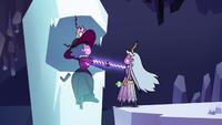 S3E2 Moon and Eclipsa forging a magical contract