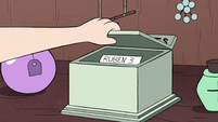 S4E7 Receipt box with Ruben's receipt inside