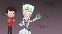 S3E7 Queen Butterfly giving Toffee his finger