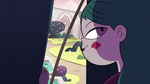 S3E11 Eclipsa Butterfly pulls back the curtains