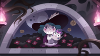 S3E24 Portrait of Eclipsa and baby Meteora