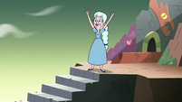 S4E3 Moon reaches top of the stairs first