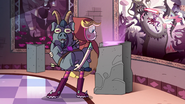 S2E23 Star Butterfly looks at Solaria's pedestal