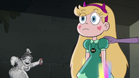S4E7 Eclipsa's hand appears on Star's shoulder