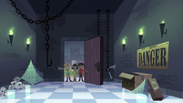 S4E11 Star, Marco, and Janna enter storeroom area