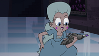 S4E15 Moon Butterfly holding a petrified crow