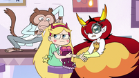 S3E11 Monkey picking through Star Butterfly's hair