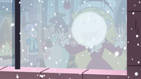 S3E25 Star Butterfly breathing on a window